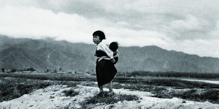 Dès sa première parution en 1989, The People of the North (aussi appelé Coréennes) a connu du succès dans la communauté des photographes de la Corée du Sud pour sa documentation de la vie des Nord-Cor&...