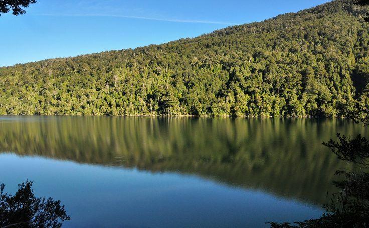 Lago Tirquinco, Huerquehue, Chili