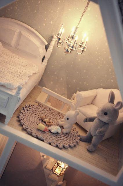 Kaunis pieni elämä - lovely dollhouse for a girl's room