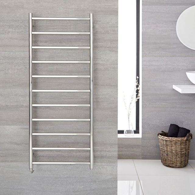 The Ladder Style Quo Electric Towel Warmer Will Provide A Sense Of Understated Sophistication Elegance And Warmth Towel Warmer Heated Towel Heated Towel Warmer