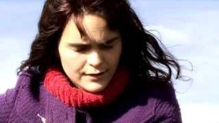 Camila Moreno - Ojos Azules - YouTube