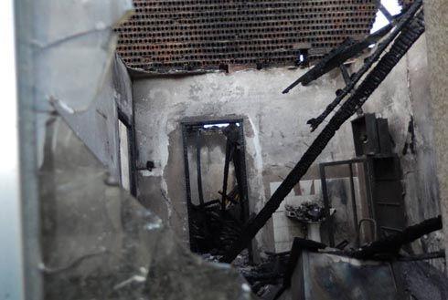 Un incendio destruye la casa del médico y el consultorio de Trefacio