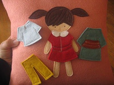 """Felt """"Paper Dolls"""" tutorial, good for a quiet book page."""