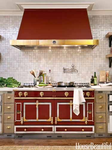 the color guide to decorating with red stove red houses. Black Bedroom Furniture Sets. Home Design Ideas
