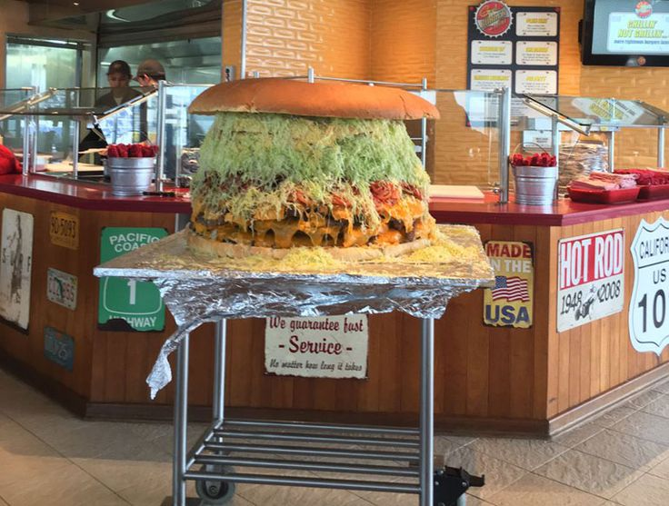 Carnival Cruise Line has been getting in National Burger Day mood which takes place on May 28.