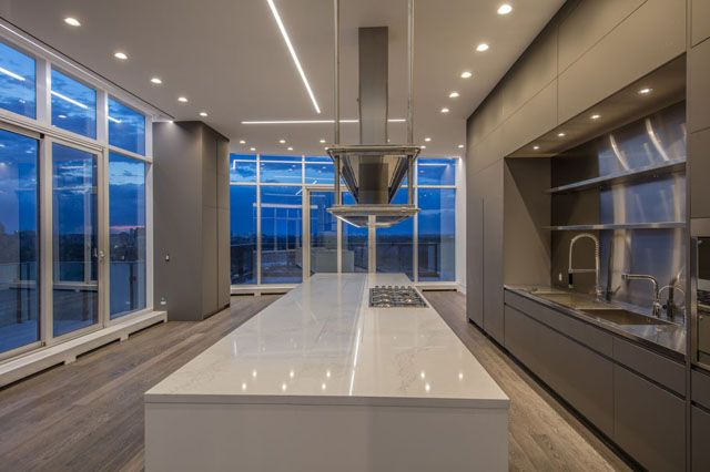 Fabulous kitchen in one of the few true top floor luxury penthouses in Toronto with its own private pool and terraces For Sale Victoria Boscariol Chestnut Park Real Estate