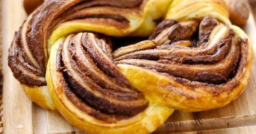 Lust auf Süßes? Das beste Rezept für einen Blätterteig-Nutella-Kranz!