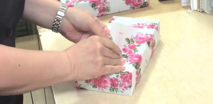 Viele Geschenke zu verpacken und wenig Zeit? Wir zeigen, wie es schneller geht.