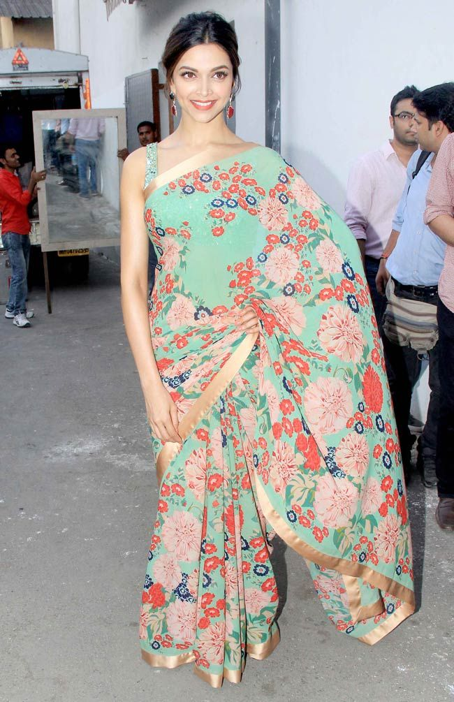 Deepika Padukone looking stunning in a Sabyasachi saree on the sets of DID Supermom.