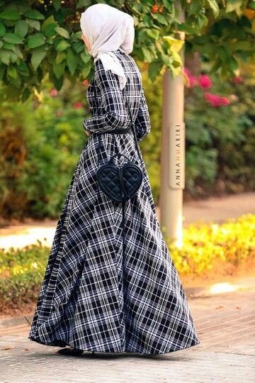 Anna Hariri gorgeous plaids