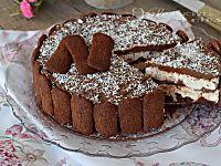 Torta di pavesini al cacao con crema al cocco