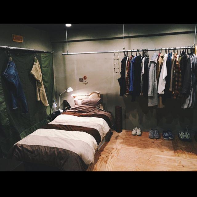 hira2222さんの、アンティーク,関節照明,一人暮らし,メンズ部屋,アウトドア,ハンドメイド,団地リノベーション,リノベーション,クローゼット兼寝室,ベット周り,テント生地,カーテン,山小屋カフェ風,スニーカー,コンクリート打ちっぱなし,SINGLE HACK,ベッド周り,のお部屋写真