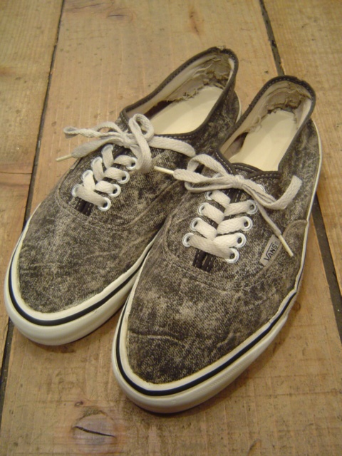 VANS  AUTHENTIC  BLACK CHEMICAL-DENIM  MADE IN USA