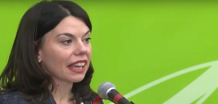 Lib Dem's Sarah Olney ousts Zac Goldsmith in by-election upset http://descrier.co.uk/politics/lib-dems-sarah-olney-ousts-zac-goldsmith-election-upset/