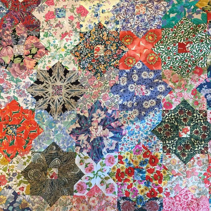 A friend brought this beautiful quilt top to quilting this morning. It's handpieced from vintage Tana lawns from her stash. We had a lot of fun fabric spotting and reminiscing and I thought I'd share it here. Some of the fabrics are at least 30 years old. #libertyfabric #libertylawns #patchworkquilt