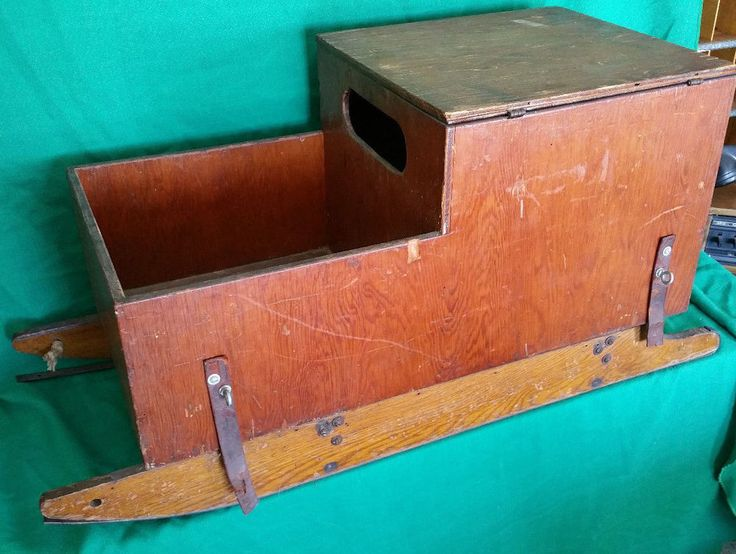 Vintage wooden ice fishing sled box folk art ice fishing for Ice fishing tackle box