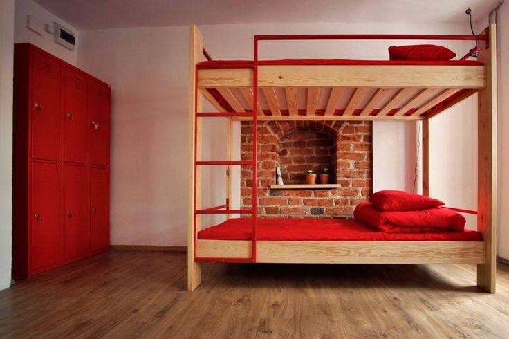 Dormitorium 1- pokój czerwony