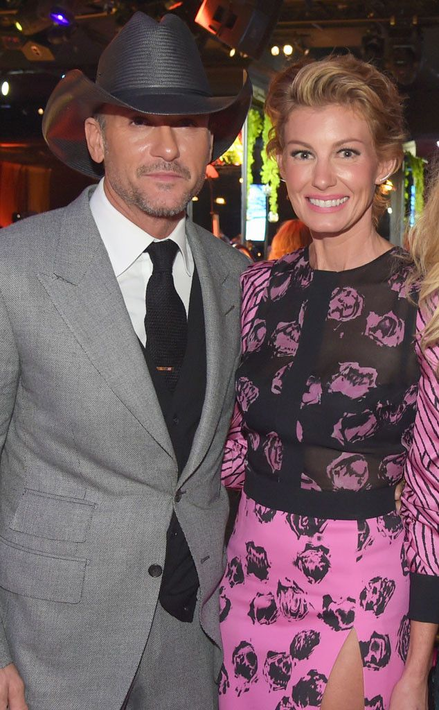 Jimmy Kimmel Hilariously Admires Tim McGraw's Abs Ahead of CMA Awards?Watch Faith Hill's Reaction!   E! Online Mobile