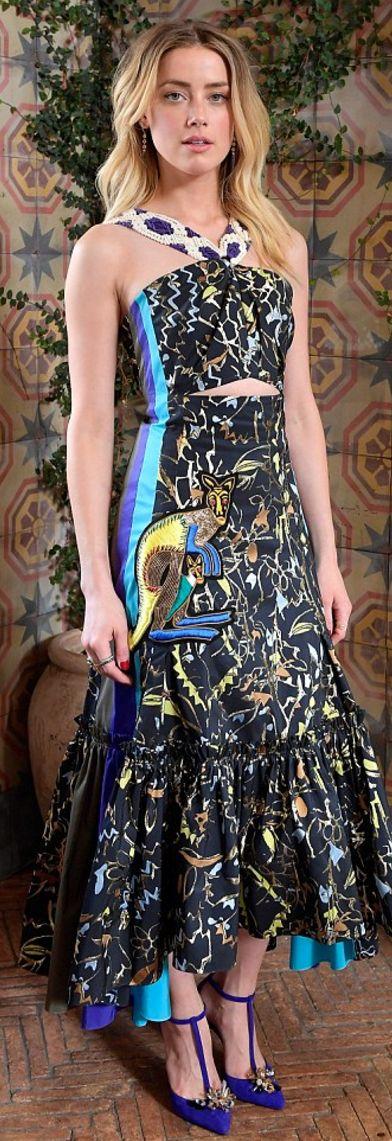 Amber Heard: Dress – Peter Pilotto  Earrings – Anne Sisteron  Rings – Dauphin, Sara Weinstock, Rachel Katz Jewelry, Anne Sisteron, and Dana Rebecca Designs