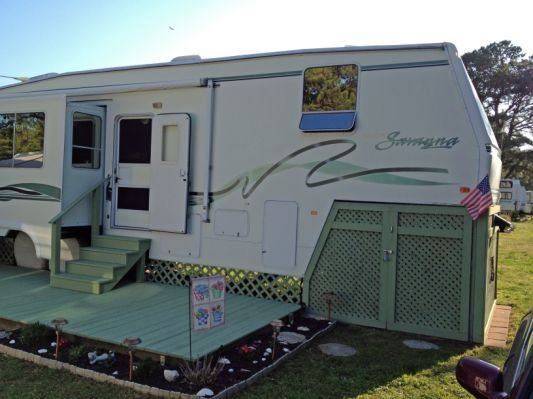 5th Wheel RV located in Chincoteague,