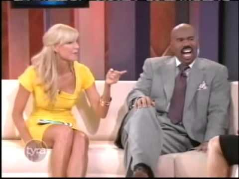 Steve Harvey Tyra (Tyra Banks Show) - http://maxblog.com/12635/steve-harvey-tyra-tyra-banks-show/