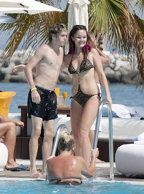 Celebrity In Style: Niall Horan singer latest pictures: Boys Band, Direction Infection, Direction Boys, Latest Pictures, Stars Niall, Niall Horan, Horan Singers, Swimming Suits, Singers Latest