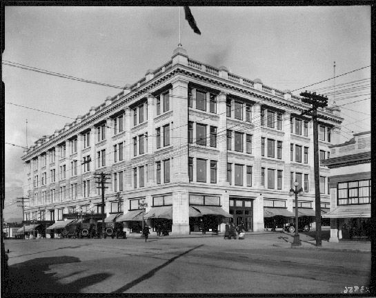 Historical photo of The Hudson's Bay Department Store #HudsonDistrict