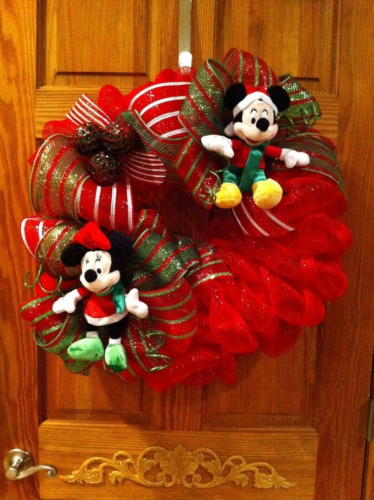 22 Incredible Christmas Door Decorating Ideas   Christmas Celebrations
