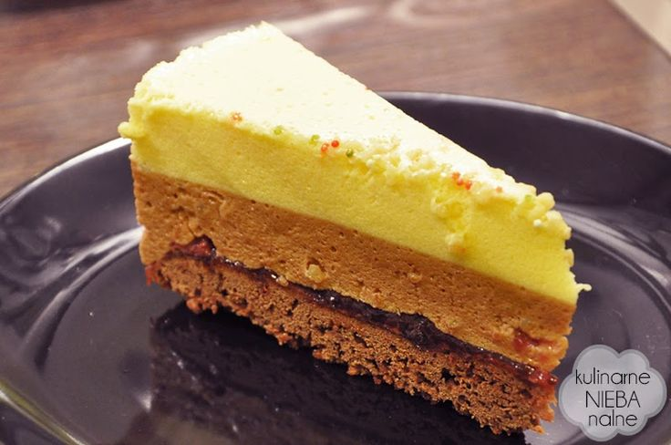 cake with white and milk chocolate mousse