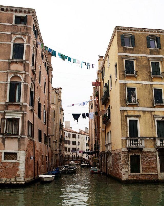 Venice, Italy / photo by Marcio Serpa