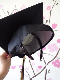 A simple solution to keep your graduation cap from falling off – tape or sew on a headband!! #graduation #graduation cap