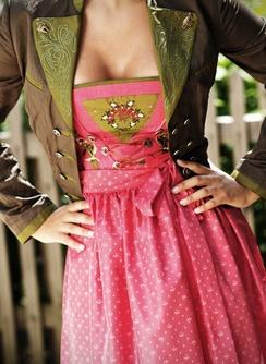 Sportalm Dirndl pink green leather jacket Trachten