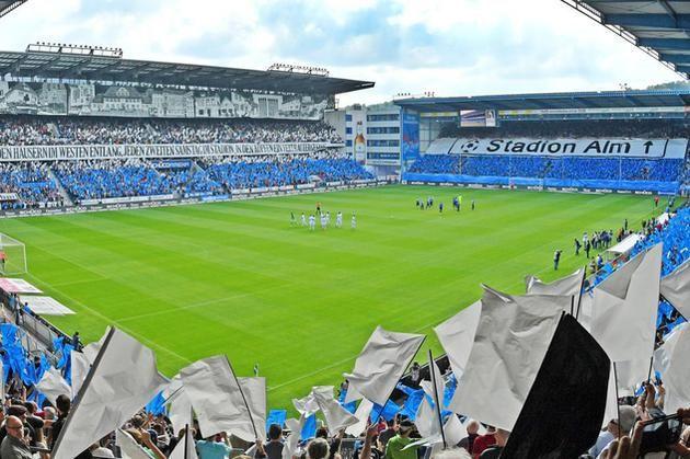 Einzigartige Choreografie vor Hannover-Spiel +++  Fans feiern die »Alm« und den Bielefelder Westen