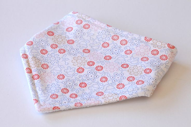 Baby bandana bib | Bandana bib | Baby bibs | Dribble bib | Drool bib | Handmade bib by bluemonkeyau on Etsy https://www.etsy.com/au/listing/546340664/baby-bandana-bib-bandana-bib-baby-bibs