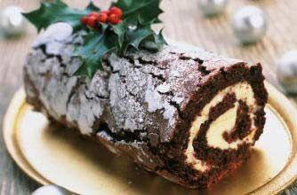 Christmas log #christmas #food #recipe Visit us: http://explodingtastebuds.com