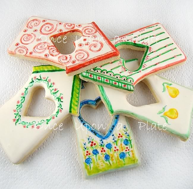 edible handpainted cookies~ too pretty to eat!