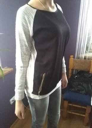 Kup mój przedmiot na #vintedpl http://www.vinted.pl/damska-odziez/swetry-z-dzianiny/16490284-bialo-czarny-pikowany-sweterek-szyty-zlota-nitka-z-kieszonkami