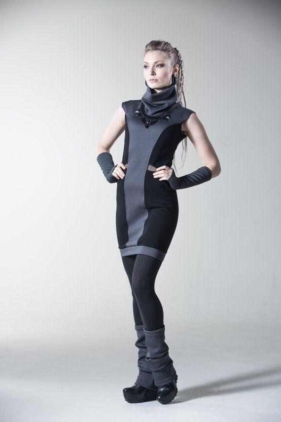 Futuristic Fashion Model Royalty Free Stock Photos: Sci-fi Dress Black And Grey Cyberpunk Dress Futuristic By