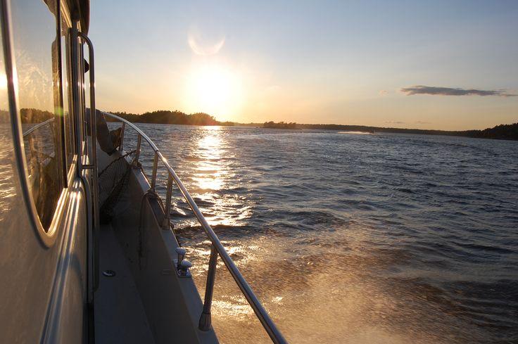 Porvoo archipelago in the evening www.visitporvoo.fi