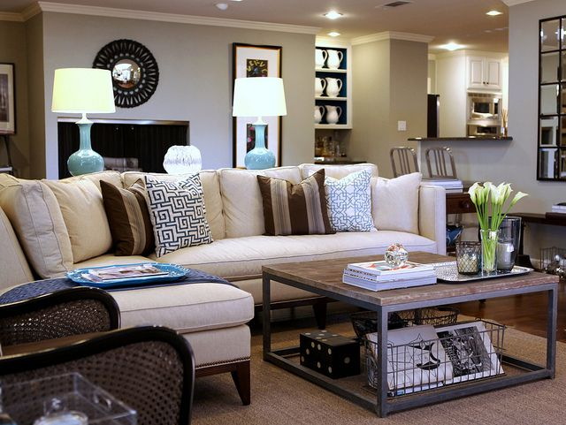living room decorating ideas - coffee table