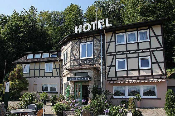 Berghotel Eberburg - Tillyschanzenweg 14 - 34346 Hann. Münden - Tel.: (0 55 41) 50 88