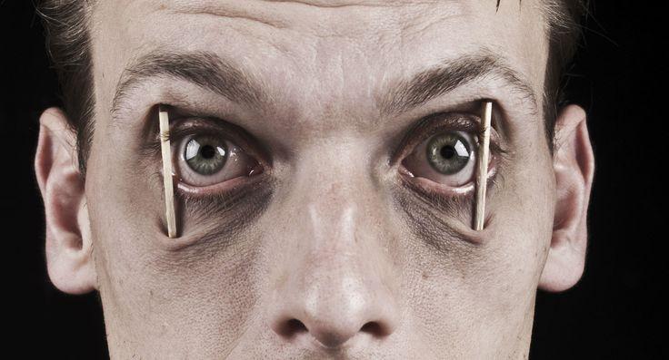 ماذا يحدث لك عندما لا تنام ؟! – إنفوجرافيك http://www.arabic-pen.com/2014/12/24/what-happens-when-dont-sleep/
