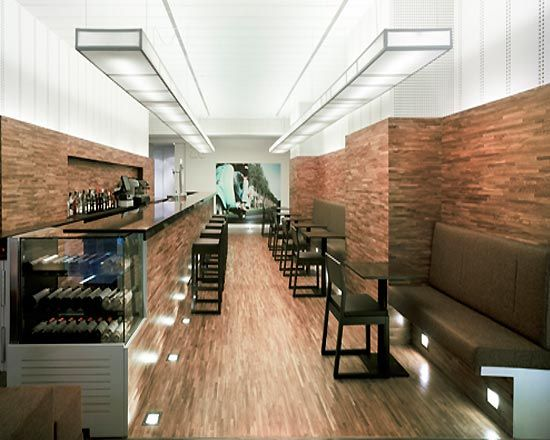 26 Lounge bar relies on cafe interior lighting design as the main