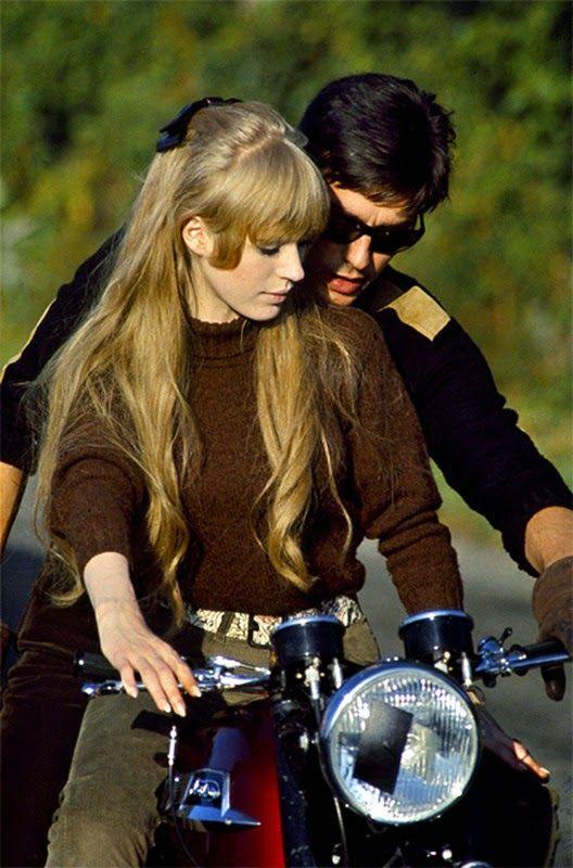 """Blog des Smootards Lurrons: Couple et aussi Stars du jour !Marianne Faithfull et Alain """"Belon"""" :-)"""