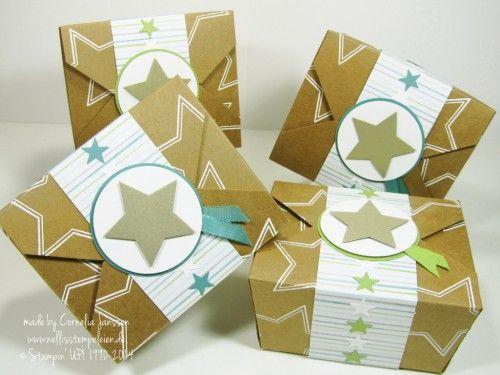 Nellis Stempeleien: Adventskalender aus Imbissschachteln von Stampin' UP! mit dem Stempelset Many Merry Stars embosst.