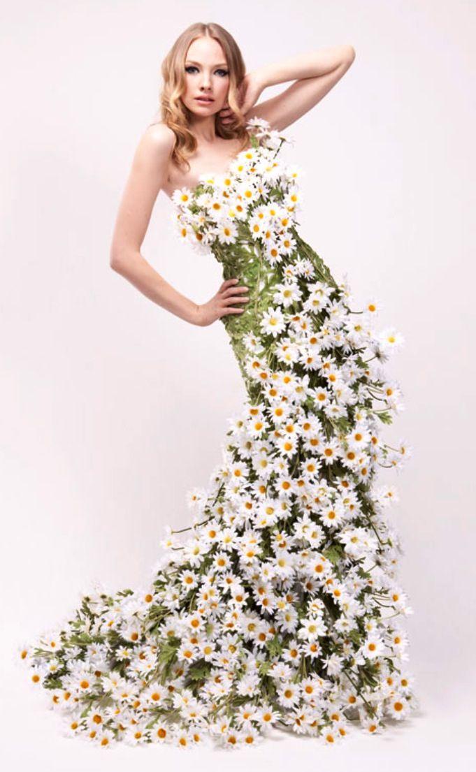 Jurk met ECHTE bloemen. Ik wil dat!