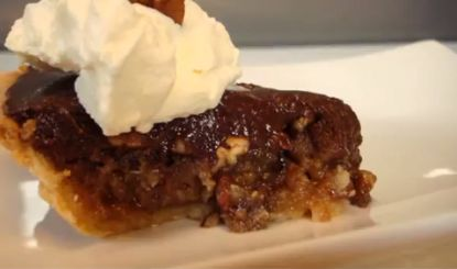 A simply delicious #recipe for #Thermomix: Cheatin' Pecan #Pie! More recipes at www.SuperKitchenMachine.com