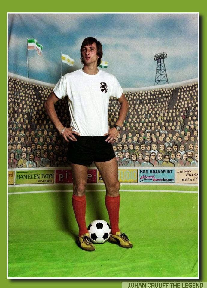 Johan Cruyff modelando