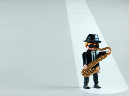 Saxophone: Playmobil© Desktop Wallpaper