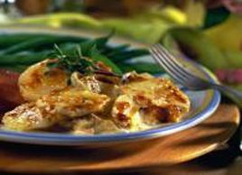 In this potato gratin, the sharpness of the gruyere contrasts nicely with the sweetness of the apple.